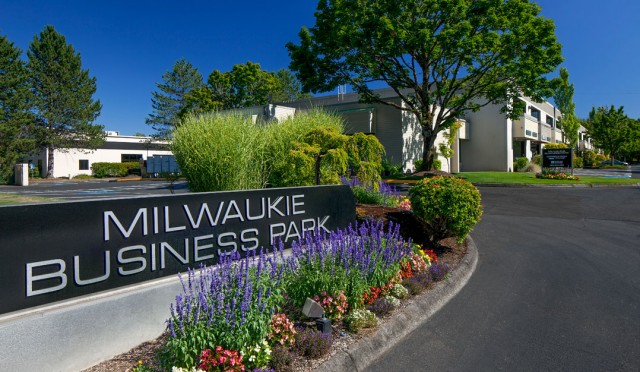 Milwaukie Business Park 1